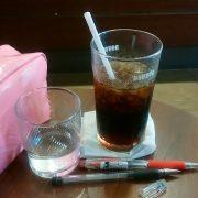 お見合の合間に「アイスコーヒー」を補充、カフェは避難所です。のタイトル画像